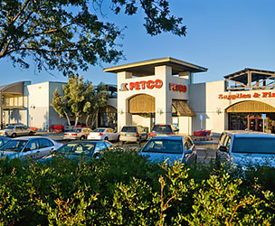 Exterior photograph of the Vintage Oaks Shopping Center, California